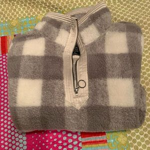 Size Medium Abercrombie Sherpa Only Worn Once